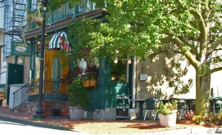 Mauds Tavern